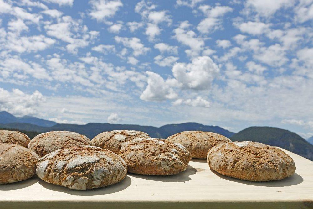 tyrolski-chleb